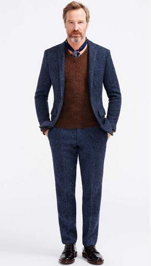 Κοστούμι μπλε με καφέ πουλόβερ