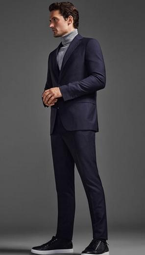 τρόποι για να συνδυάσεις τα ρούχα σου: μπλε σακάκι αθλητικά