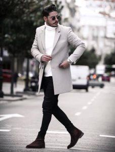 μαύρο παντελόνι άσπρο πλεκτό πουλόβερ άσπρο παλτό