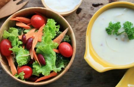αντικατέστησε κάποιο γεύμα με μία σαλάτα ή σούπα