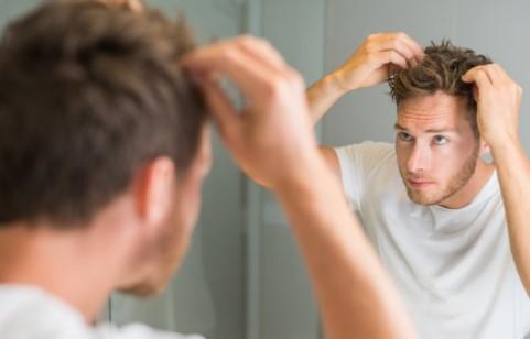 χρησιμοποιείς υπερβολικό προϊόν για το styling των μαλλιών σου