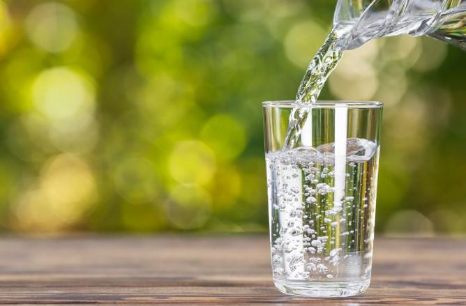 ενυδάτωσε τον οργανισμό σου με άφθονο νερό
