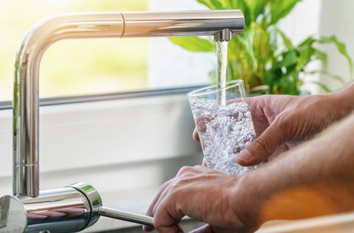 κατανάλωσε άφθονο νερό