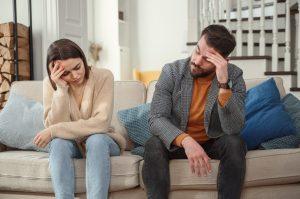 άντρας και γυναίκα διαφωνούν