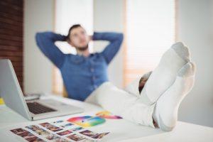 διάλειμμα εργαζόμενου άντρα