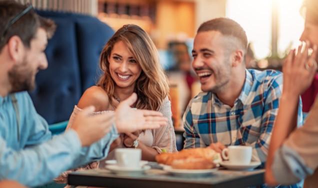αναζήτηση ατόμου μέσα από τις επαφές κοινών φίλων