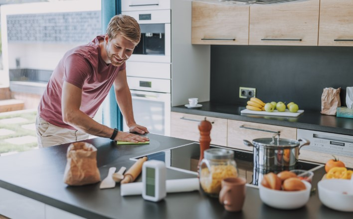 καθαριότητα κουζίνας και τροφίμων