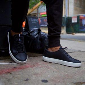 μαύρα αντρικά παπούτσια