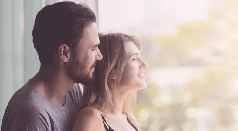 3 πράγματα που δεν ξέρεις για το πως σκέφτεται η γυναίκα σου, πως να την στηρίξεις όταν έχει ένα πρόβλημα