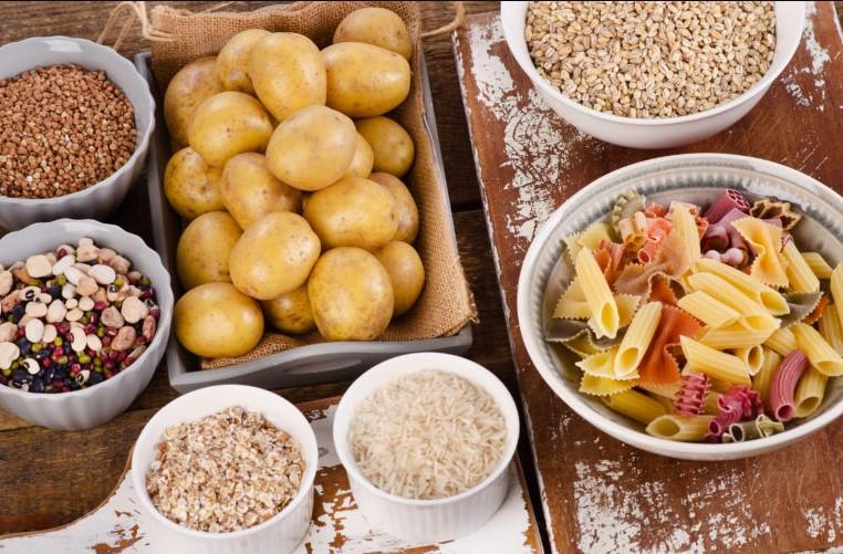 υδατάνθρακες πατάτες ρύζι μακαρόνια