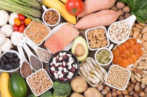 υγιεινές τροφές ξηροί καρποί φρούτα λαχανικά βελτιώσεις απόδοση γυμναστική