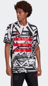adidas μπλούζα με σχέδια