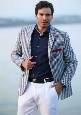 γκρι σακακι ασπρο παντελονι