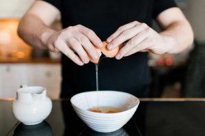 θεραπεία κατά της τριχόπτωσης με αυγά