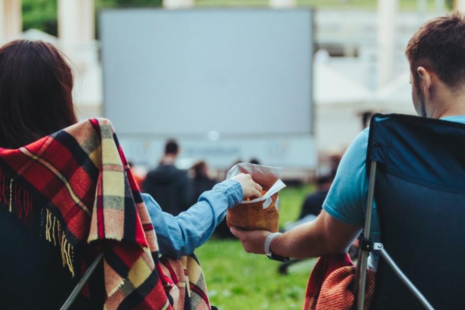 ραντεβού σε θερινό σινεμά