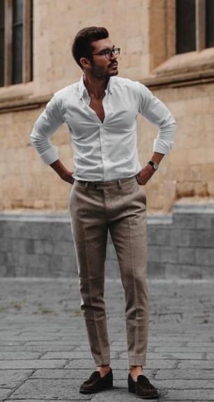 λινό μπεζ παντελόνι άσπρο πουκάμισο