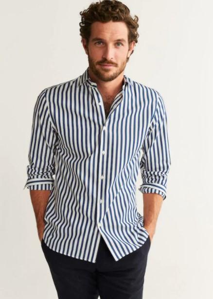 ριγέ πουκάμισο μπλε παντελόνι