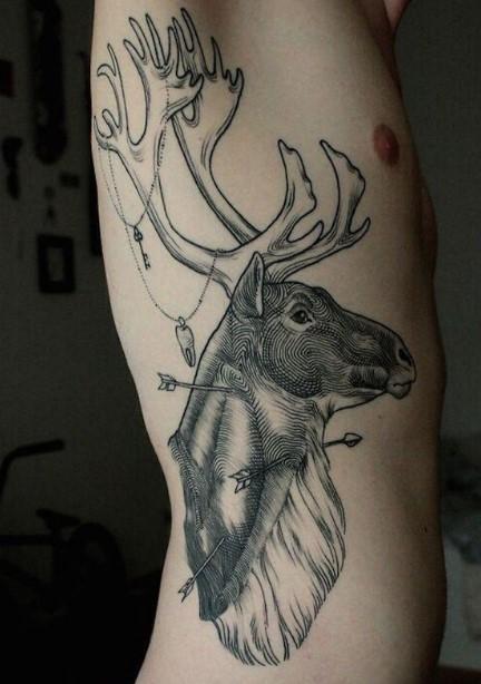 ανδρικό tattoo στα πλευρά