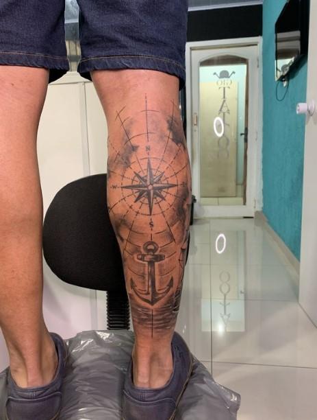 tattoo στη γάμπα
