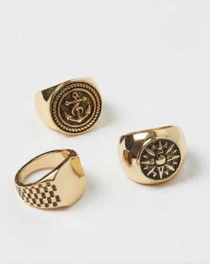 τρία δαχτυλίδια