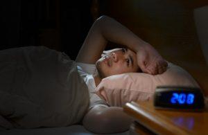 άντρας με αϋπνίες