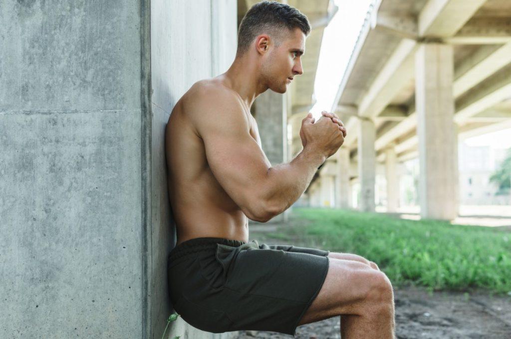 Wall sit, άσκηση για πόδια