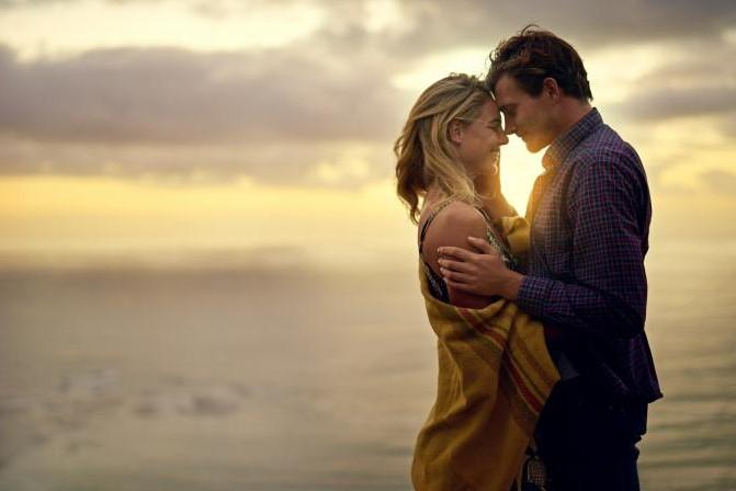 αγκαλιασμένο ζευγάρι ηλιοβασίλεμα πράγματα γυναίκες εύχονται γνώριζες