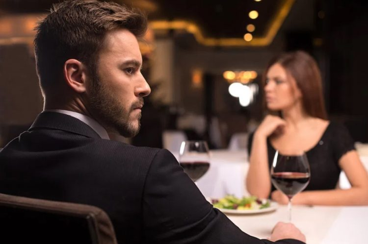 άντρας προφίλ γυναίκα εστιατόριο καλοί σύζυγοι