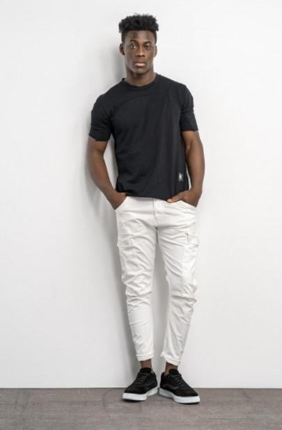 άσπρο παντελόνι μαύρο T-shirt Cosi jeans άνοιξη- καλοκαίρι 2021