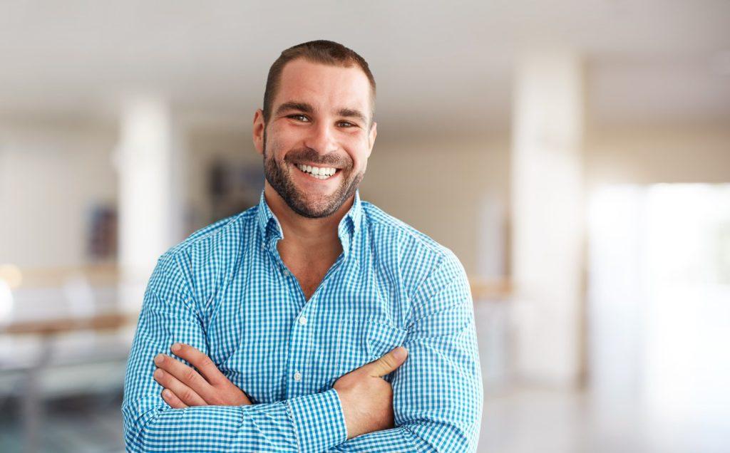 ευτυχισμένος άνδρας