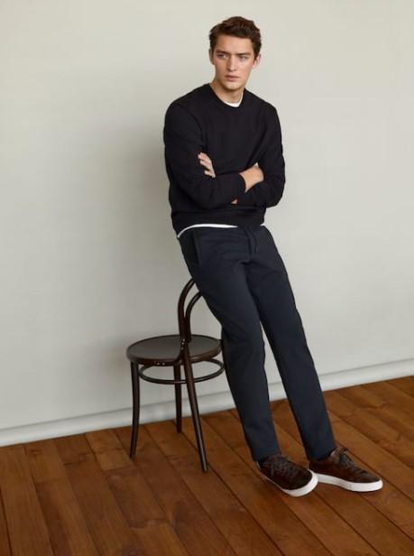μαύρη φούτερ Massimo Dutti καλοκαίρι 2021