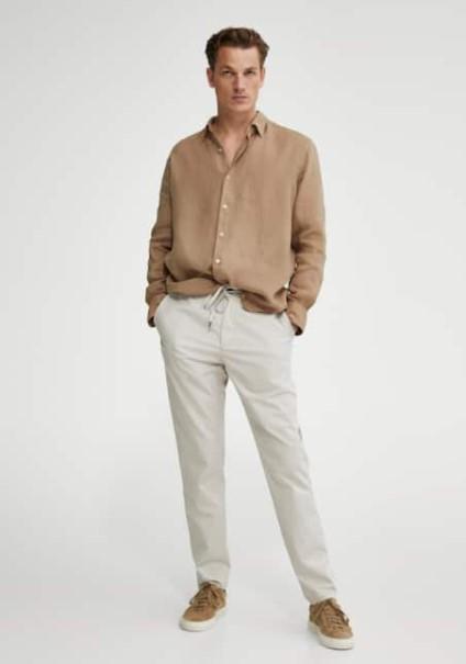 μπεζ πουκάμισο άσπρο παντελόνι