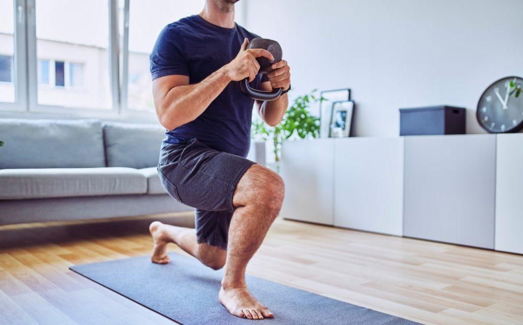 Προβολές - lunges για πιο γυμνασμένα πόδια