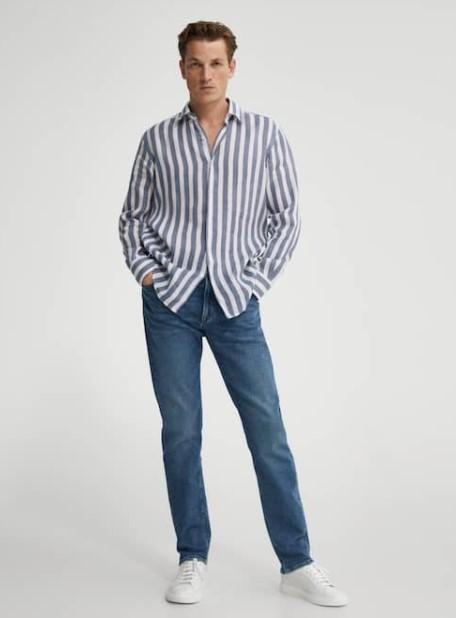 ριγέ πουκάμισο τζιν παντελόνι