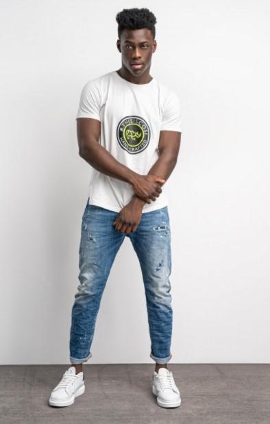 τζιν παντελόνι άσπρο μπλουζάκι