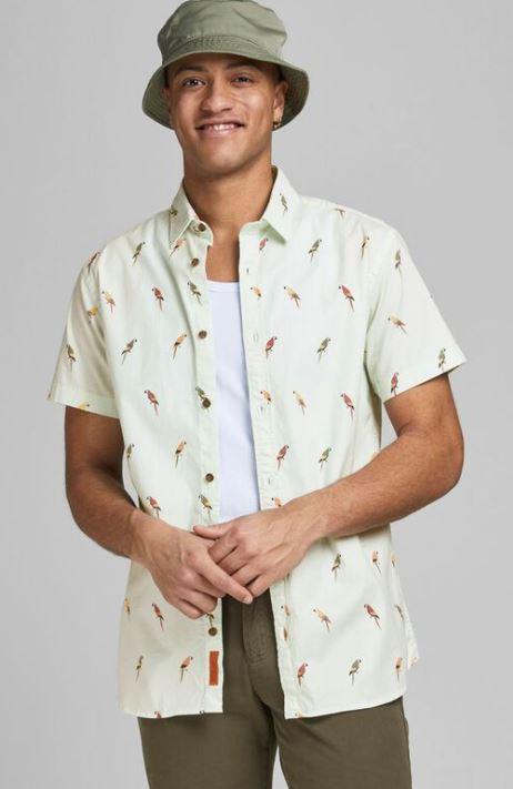 ανοιχτοχρωμο πουκαμισο με πολυχρωμα σχεδια