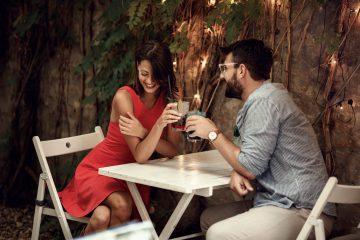 ζευγάρι σε ρομαντικό ραντεβού