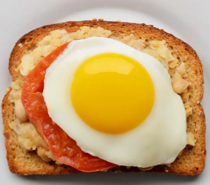 τοστ με αυγό