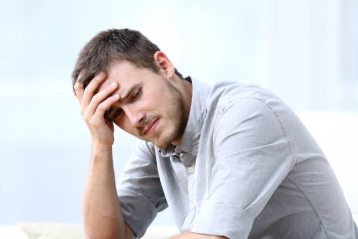 απογοητευμένος άνδρας